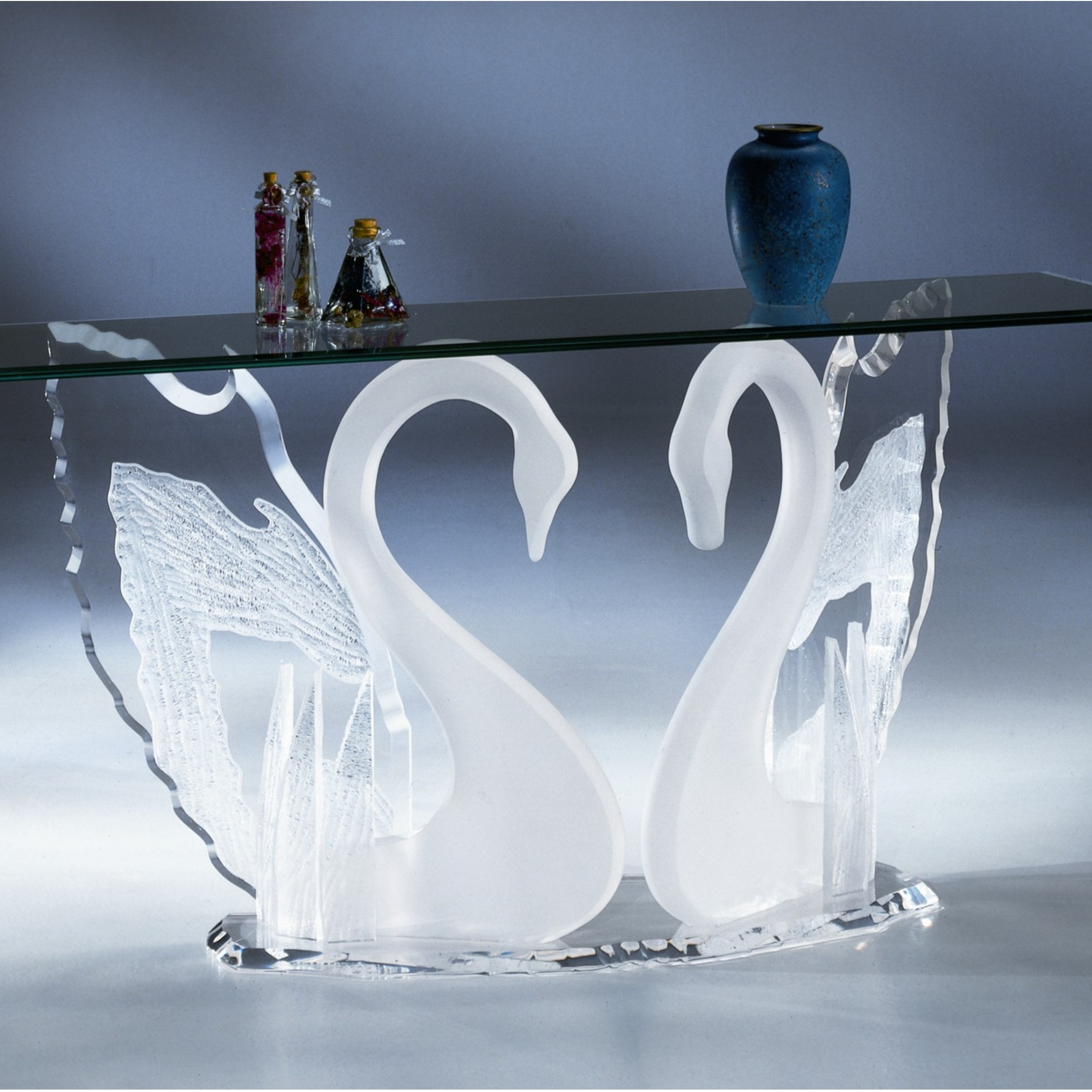 legend swan sofa table acrylic coffee tables acrylic. Black Bedroom Furniture Sets. Home Design Ideas