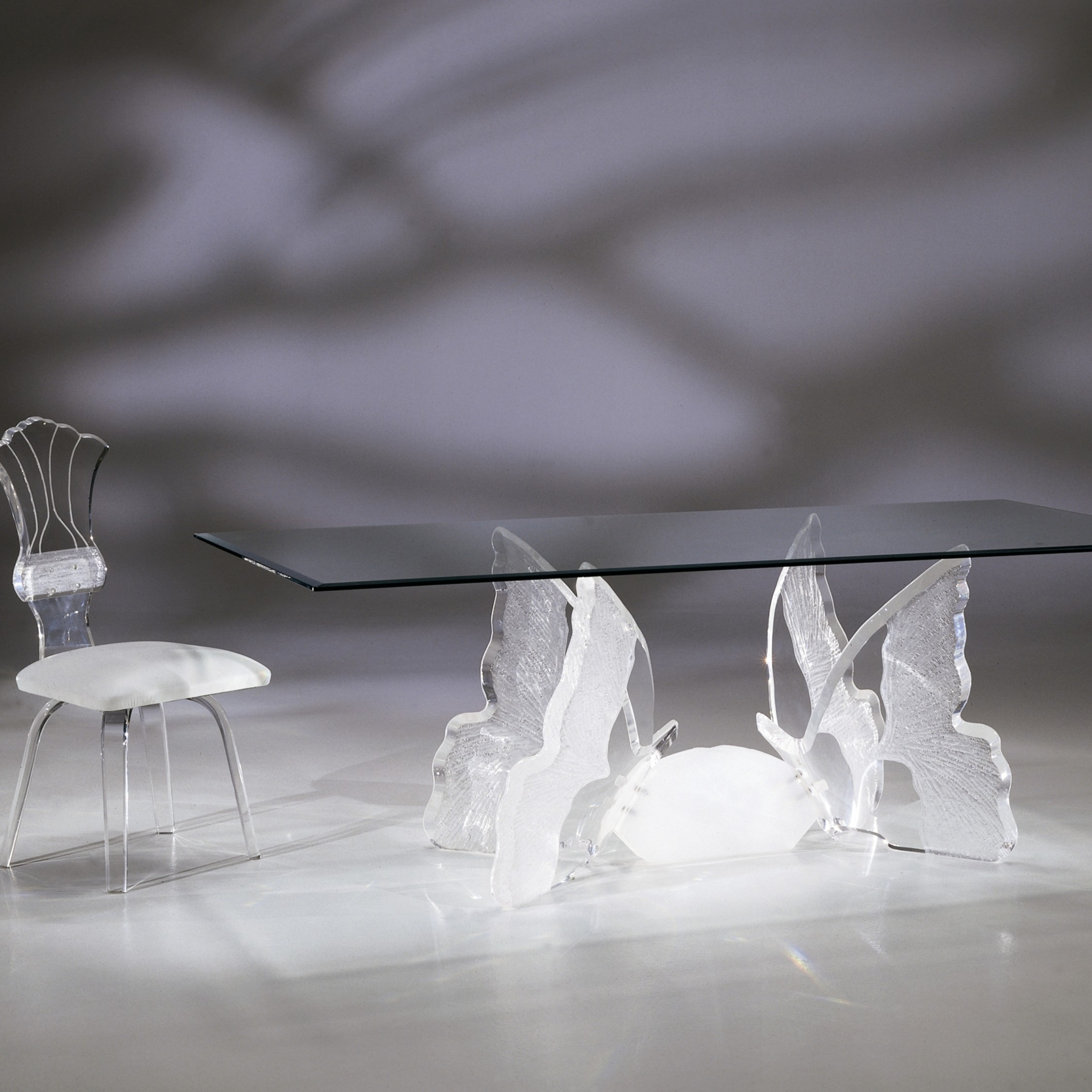 BII3000_BUTTERFLYII_DINING